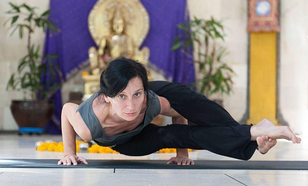 Лечебная йога для шейного отдела